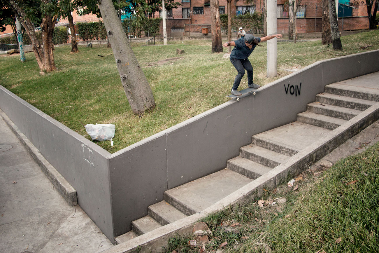 David González - Backside 50-50