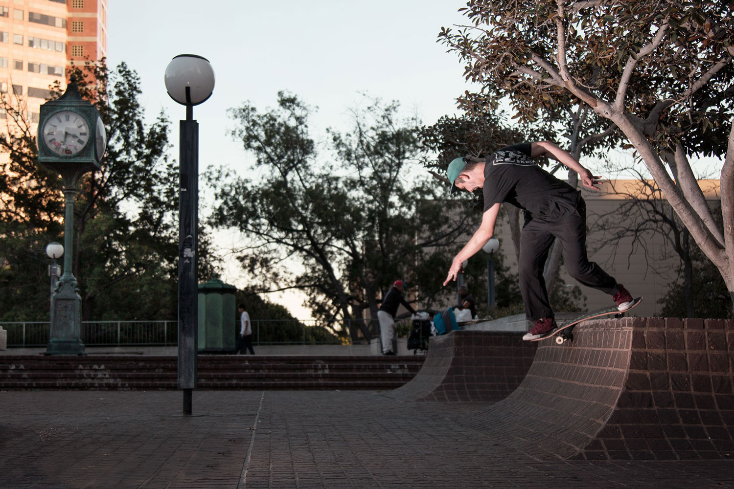 Juan Ignacio - Backside Lipslide