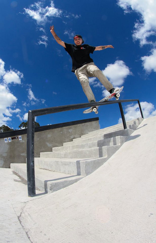 Juaner Romero - Frontside Lip Slide