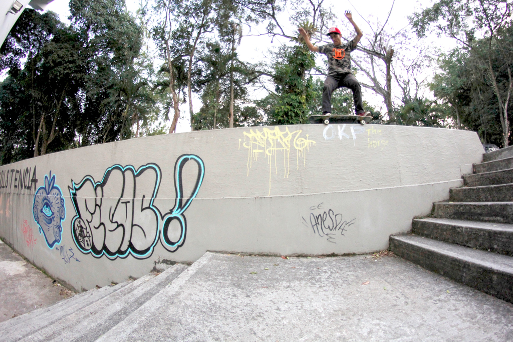 Juan Pablo Gomez - Backside Grind